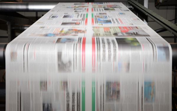 Eine Zeitung wird gedruckt » Druckerei Zaiser